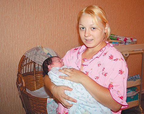 Маша с дочкой