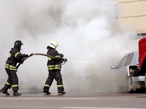 Сотрудник автосервиса пытался поджечь машину по просьбе клиента