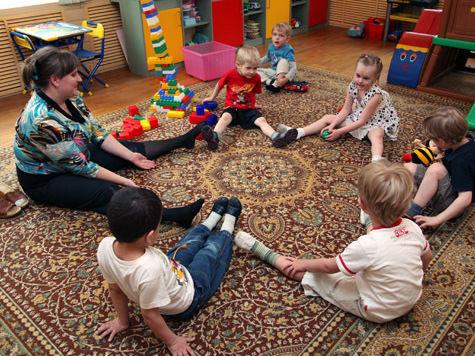 Детей отучают читать еще в детсаду
