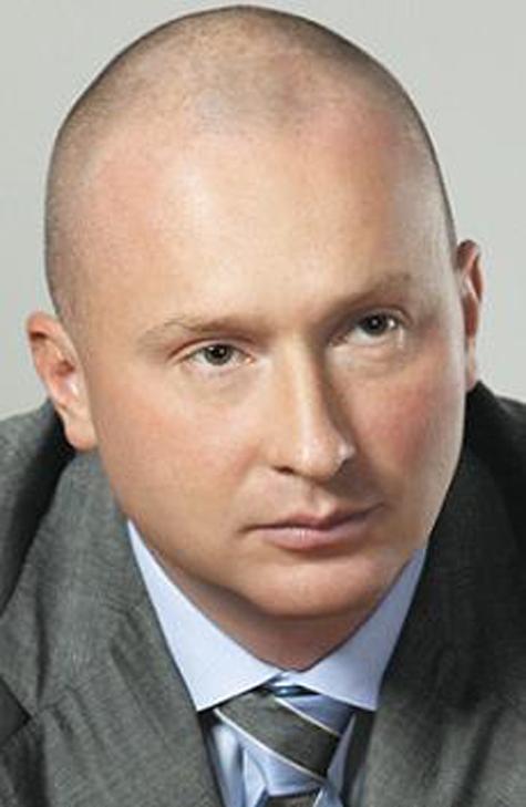 Сын Жириновского попал в аварию на машине, не указанной в декларации
