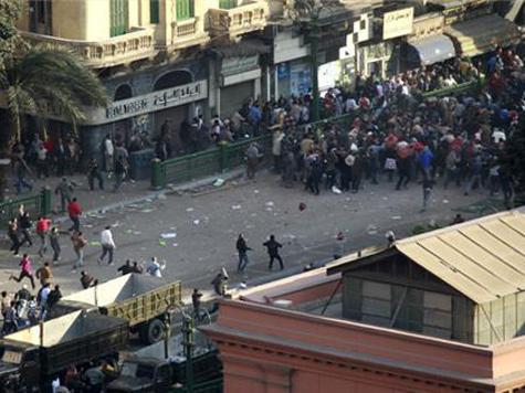 В бунтующем Египте массово насилуют иностранных журналисток. ВИДЕО