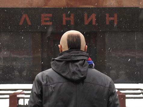 Тело Ленина отправляют на заслуженный отдых