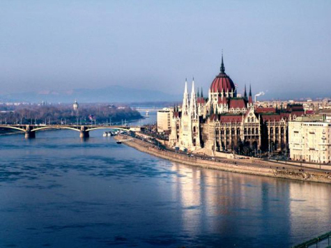 Президента Венгрии заподозрили в плагиате