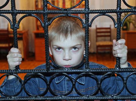 Воспитатели детсада устроили малышам