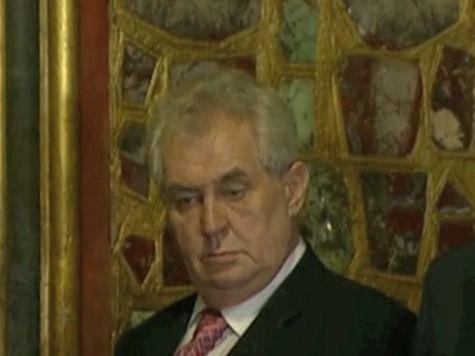 Чешский президент распустил нижнюю палату парламента