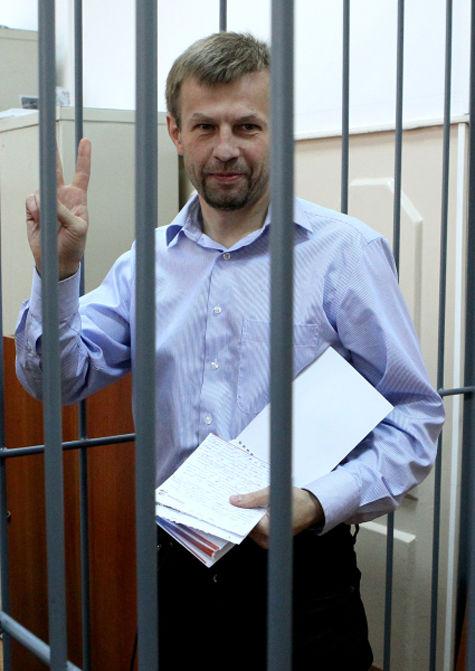 Ярославского мэра Урлашова посадили единороссы-строители?