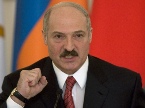 Мадам Батька: перестанет ли Лукашенко играть в Элизабет Тейлор?
