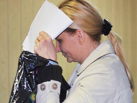 Обвиняемая в вымогательстве взятки майор Дмитриева будет сидеть