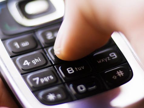 В Москве уволены преподаватели, допустившие учеников с телефонами на ЕГЭ