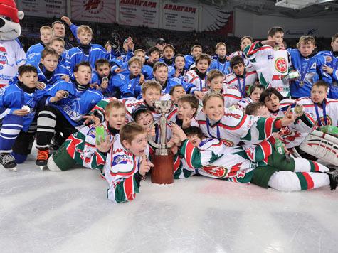 Казанские мальчишки лучше всех играют в хоккей