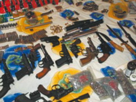 Токарь делал пистолеты с заботой о соседях