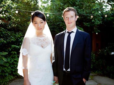 Основатель сети Facebook Марк Цукерберг женился