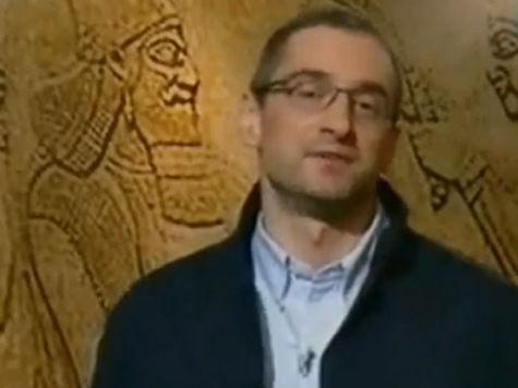 Медведев, обруганный Путиным, одолжил свои идеи у писателя Тополя