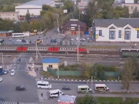 Новые подробности ДТП в Щербинке: дежурный по переезду подрался с пьяным