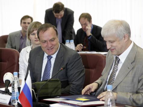 Перед уходом Фурсенко обанкротил РФС?
