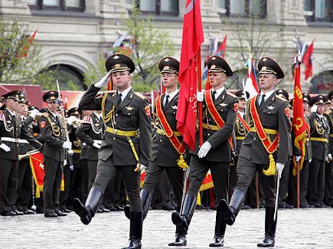 В Мосгордуме не поделили Знамя Победы