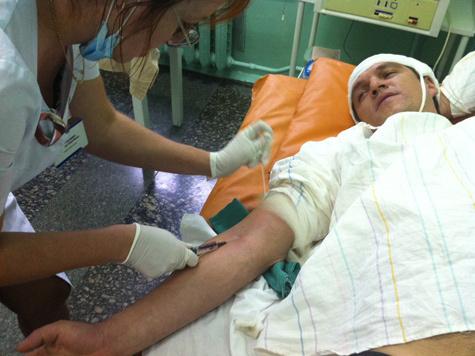 Дмитрий Орлов упал с пятого этажа, но остался жив