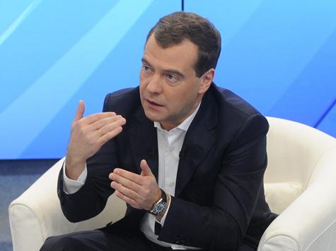 Медведева заинтриговал бесшумный трамвай