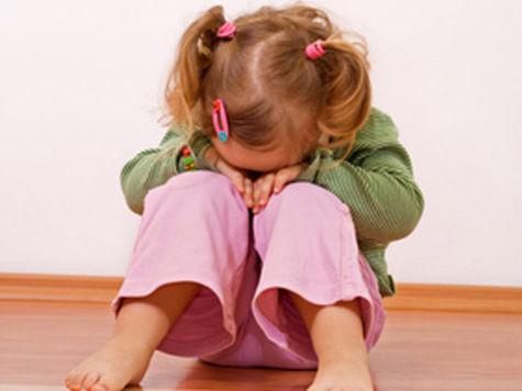 Больше половины родителей в России бьют своих детей