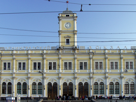 На Ленинградском вокзале станет уютно даже царям