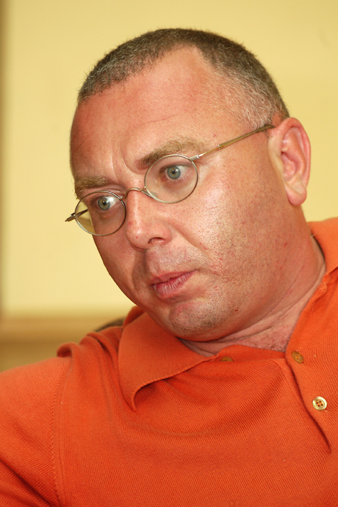 Лобков хочет стать послом вСенегале