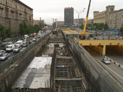Московский комсомолец: На строительство участка Южной рокады потратят 10 млрд рублей.