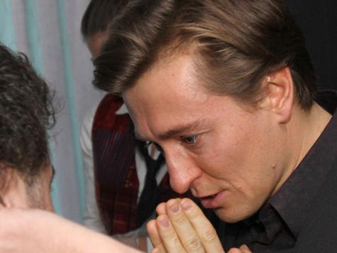 Сергей Безруков решил научить детей верить в чудо.