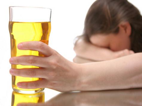 Подросток боролся с пьянством матери, истребляя ее собутыльниц