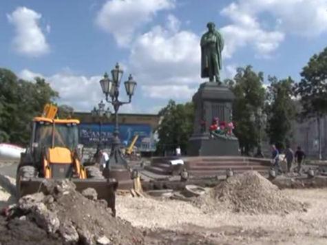 В Пушкинском сквере обновят памятник поэту, фонтаны и вазоны