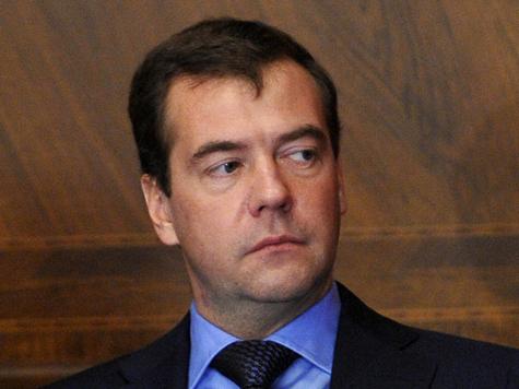 Медведева не пустили на полуфинал Евро-2012