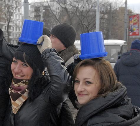 Синие ведерки устроят праздничный
