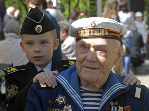 Ни один столичный ветеран не останется без подарков