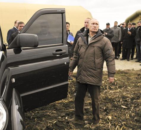 Народный фронт разработал «новый образ Путина»