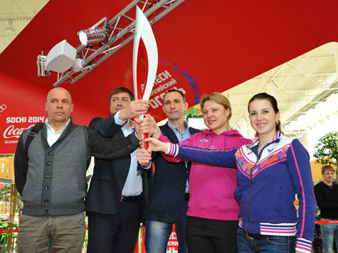 Факел Олимпийского огня презентовали в Новосибирске