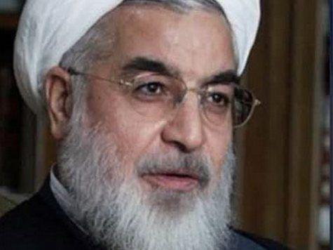 Роухани поплатился за переговоры с Обамой: в Тегеране его забросали яйцами и ботинками