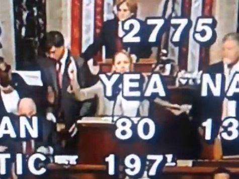 Стенографистка захватила трибуну в конгрессе США, чтобы рассказать о дьяволе и масонах