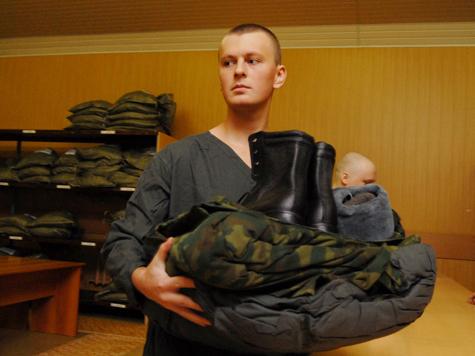 Военным-контрактникам дадут за шапку