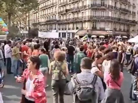 Французские школьники намерены голодать из-за депортации сверстников