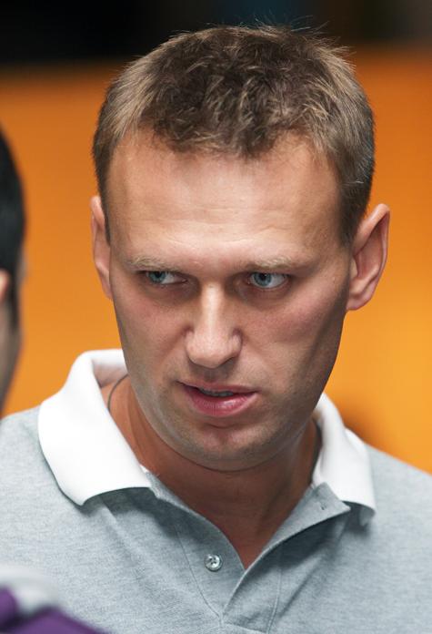 Навальный запускает добрую машину