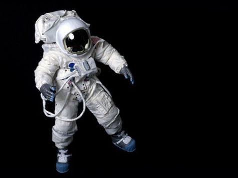 Космонавты даже книгу не смогут прочесть незаметно