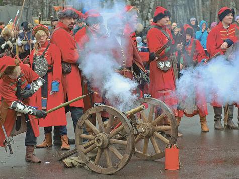 Историческое оружие — к бою!