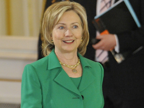 Пентагон не поддержал Клинтон
