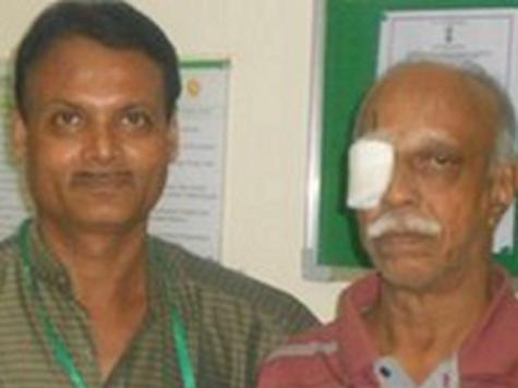 Врачи извлекли из глаза пациента 12-сантиметрового червя