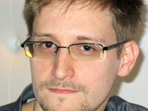 Сноуден на встрече с правозащитниками объявил о решении просить убежища в России
