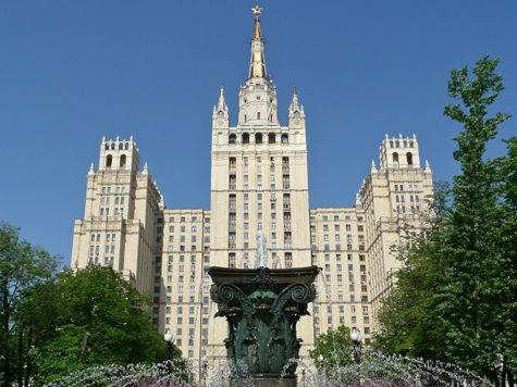 Сталинские высотки художественно подсветят