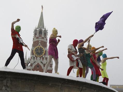 Защита Pussy Riot подала жалобу в Европу