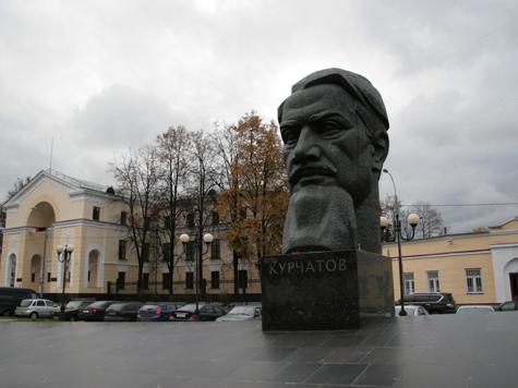 Москвичам предложат ремонтировать памятники за свой счет?
