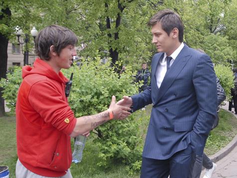Как Гудкова-младшего хотели поссорить с Сергеем Мироновым