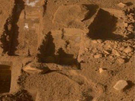 Жизнь на Марсе невозможна - лететь туда не имеет смысла