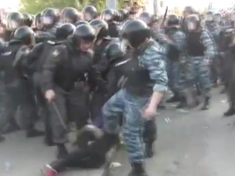 Возбуждено уголовное дело по факту избиения участницы «Марша миллионов»